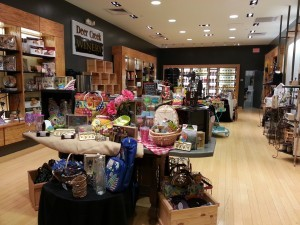 Inside the Pittsburgh Deer Creek Winery at the Monroeville Mall. Beautiful store. Shop & sip wine!
