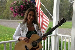LIVE MUSIC- Robyn Young 7-10pm
