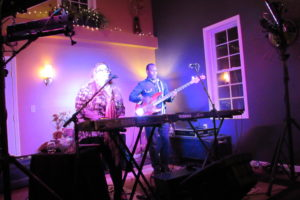 LIVE MUSIC- 732 The Electric Duo Ft. Mary Spayd and Glenn Armstrong 7-10pm