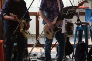 LIVE MUSIC- Dos Hombres 2-5pm